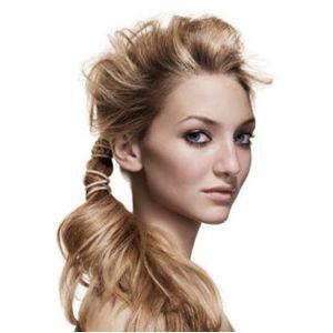 Лёгкая причёска для длинных волос