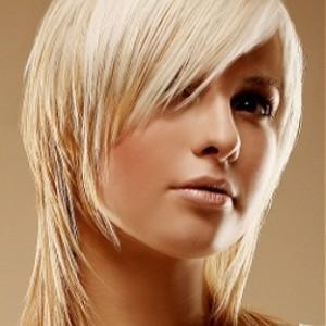 Стрижка для тонких волос средней длинны