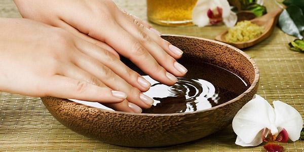 Как убрать белые пятна на ногтях в домашних условиях