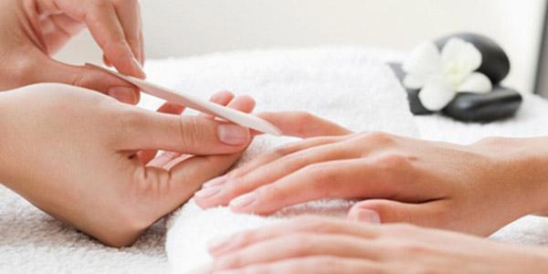 как делать маникюр, если слоятся ногти