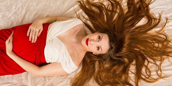 можно или нельзя стричь волосы во  время   беременности