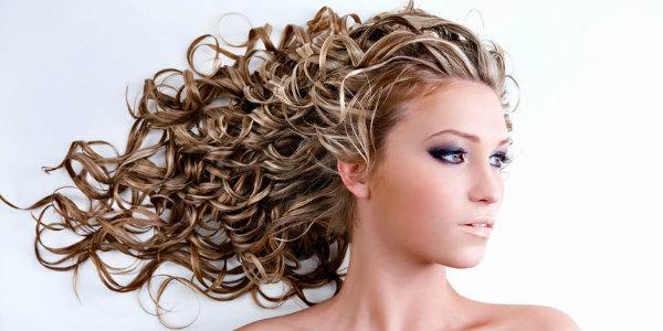 ухаживать за волосами секреты  завивки  в  домашних условиях