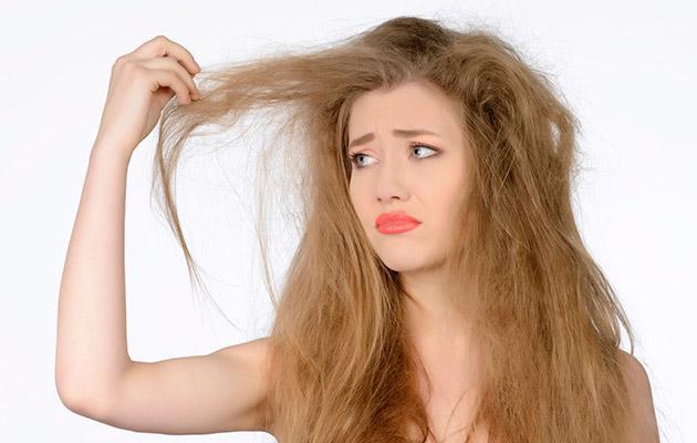 Узнайте, какие именно витамины являются залогом здоровых волос и ногтей!