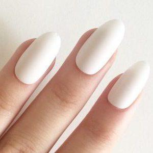 oval acrylic nail shapes e