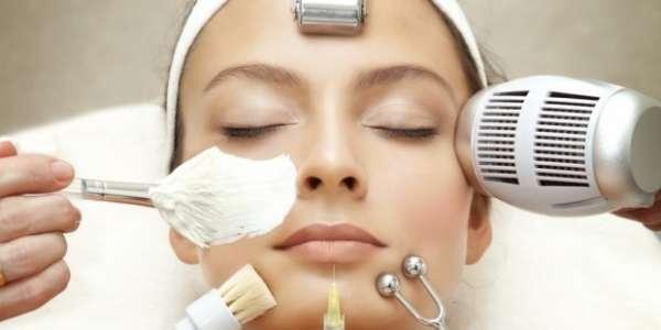 Комбинированная чистка лица: преимущества совмещения очищающих процедур