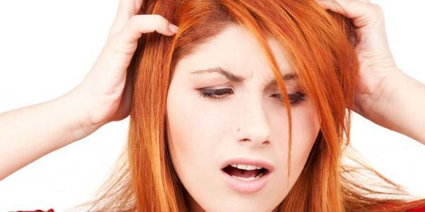 Красят ли волосы во время месячных: можно ли изменить цвет волос и чем мы при этом рискуем?