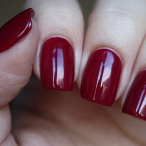 Слоятся и ломаются ногти на руках: какова причина этой проблемы, что делать и как лечить?