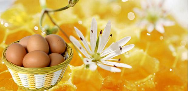 Маска для волос из яиц и меда