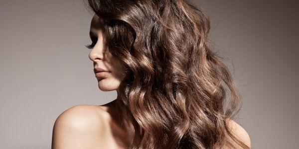 Голливудские локоны на волосы средней длины в домашних условиях