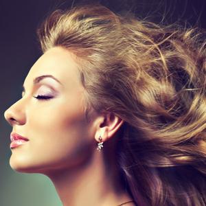 Укрепление волос от выпадения народными средствами: рецепты масок и рекомендации косметологов